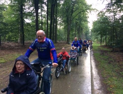 TC Veluwe op stap met bewoners van Rutli.